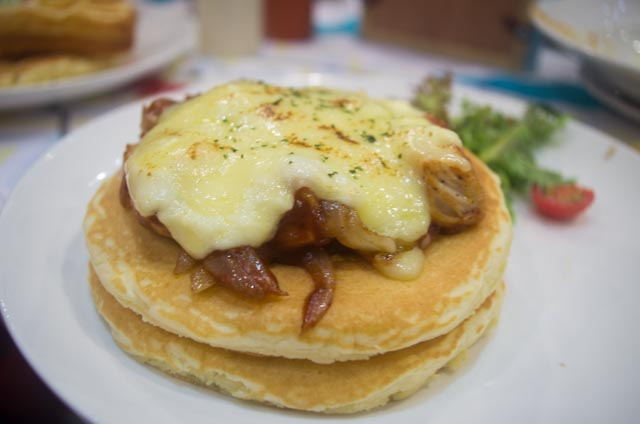 Double Pancake BBQ Chicken Pancious